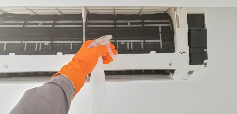 non-corrsive cleaning solutions